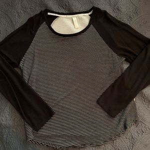 Very Soft and Comfy Top